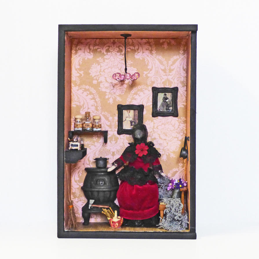 Raven Art Doll in Roombox by NacreousAlchemy