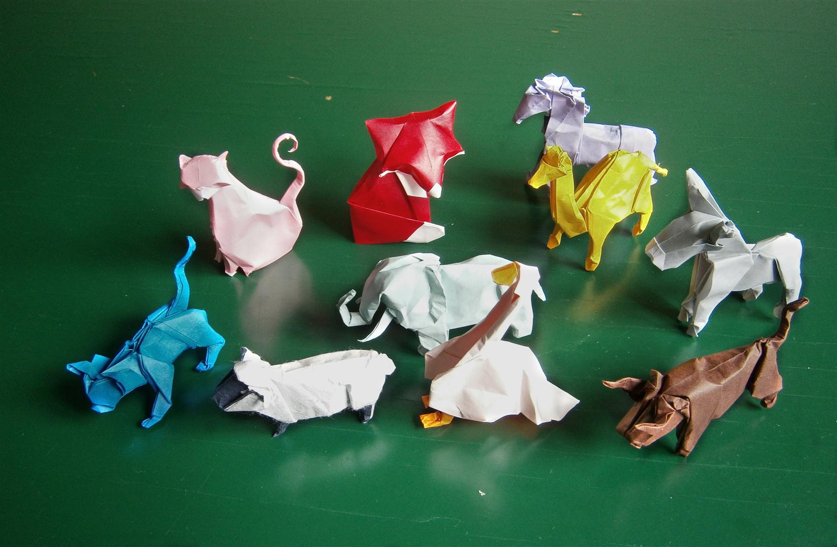 40 Tutorials on How to Origami a Zoo   1080x1652