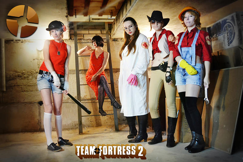 Team Fortress 2 Cosplay by AoshiNiKo