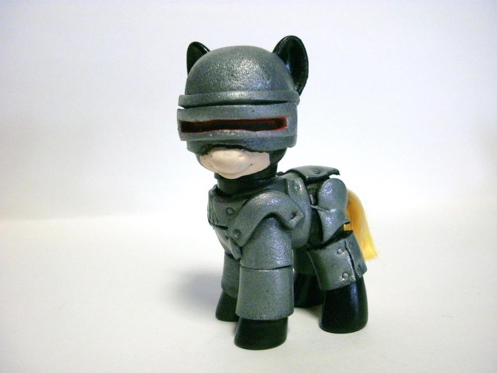 RoboCop by hammer42