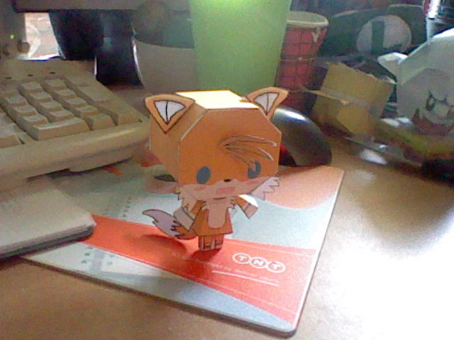 tails_papercraft_by_terrmedia-d59e6xw.jpg