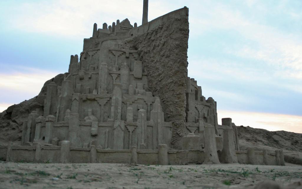 Minas Tirith by BuckarooJoe