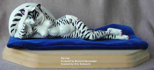 Zigzag by darkwax