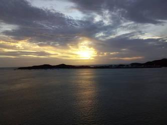 another sunrise by TobyOneKenobiTK