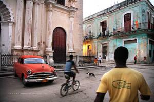 la vida diaria de la Habana. by oscarsnapshotter