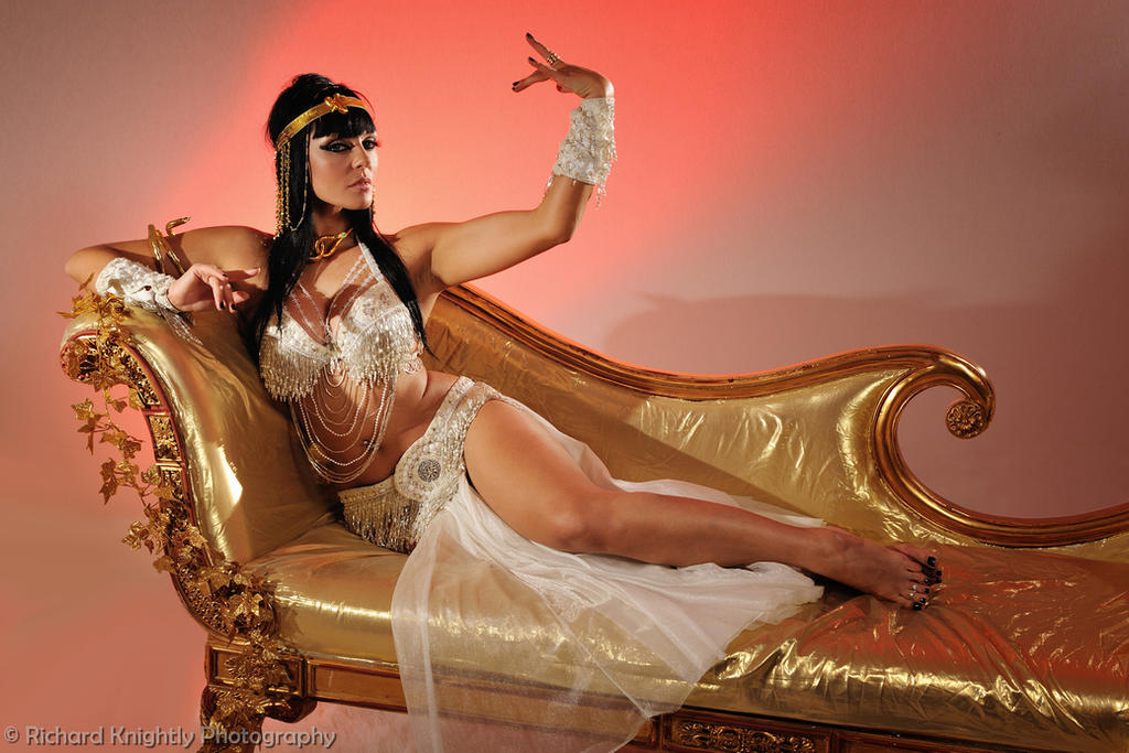 Cleopatra Regal by RichardKnightly