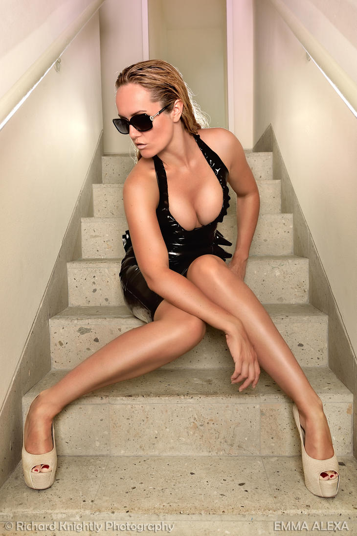 South Beach Stairs by RichardKnightly