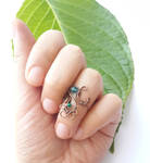 Blue quartz and green jade knuckle ring