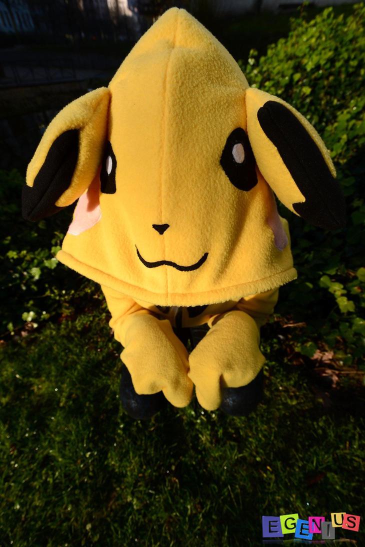 Cindy Black-Piikax Hoodie Pichu Pokemon Hand Made2 by Egenius-Fr