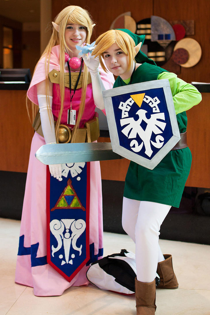 Toon Link and Zelda by MazzTheGreat