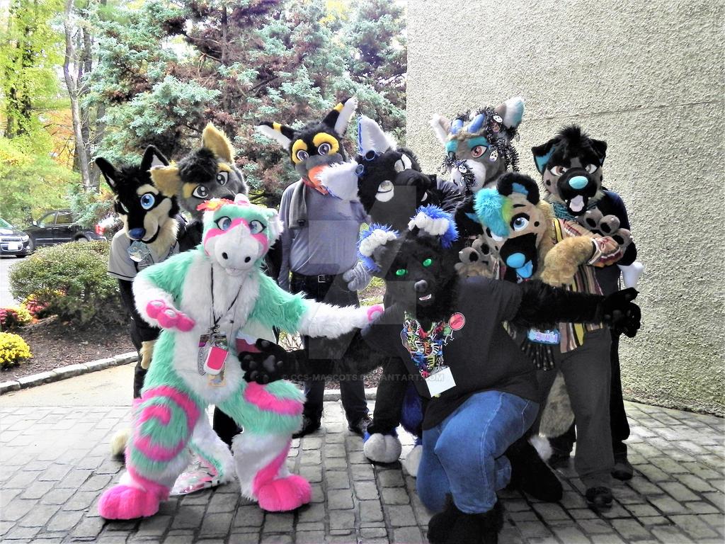 Furpocalypse 2018 fursuiter Group shot by CCS-Mascots