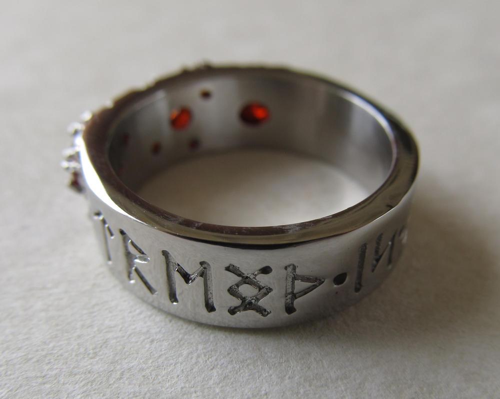 Women's Dwarf Ring View Showing Runes by ce-e-vel