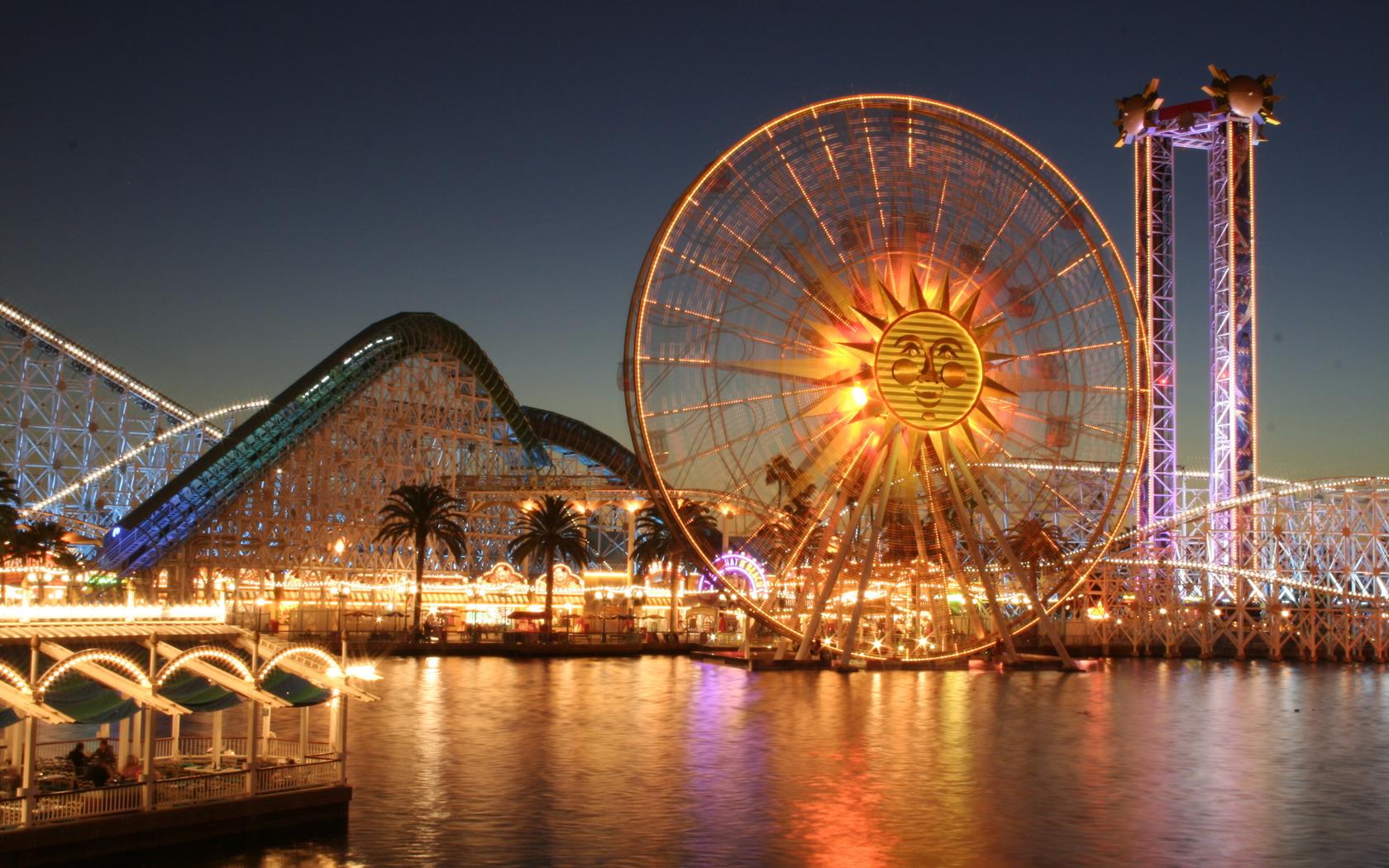 Ferris wheel by brunofiorani