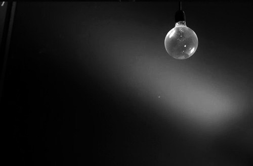 Black-and-white-bulb-dark-light-light-bulb-lightbu by ...