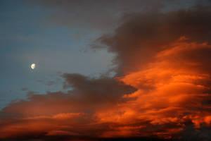 Sunset Moon by ThePurpleYard-Stock