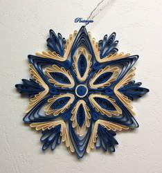 Snowflake by pinterzsu