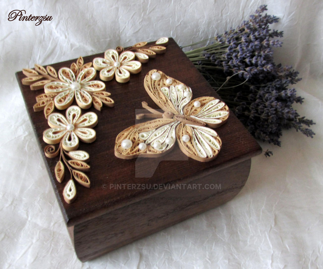 Quilled box by pinterzsu