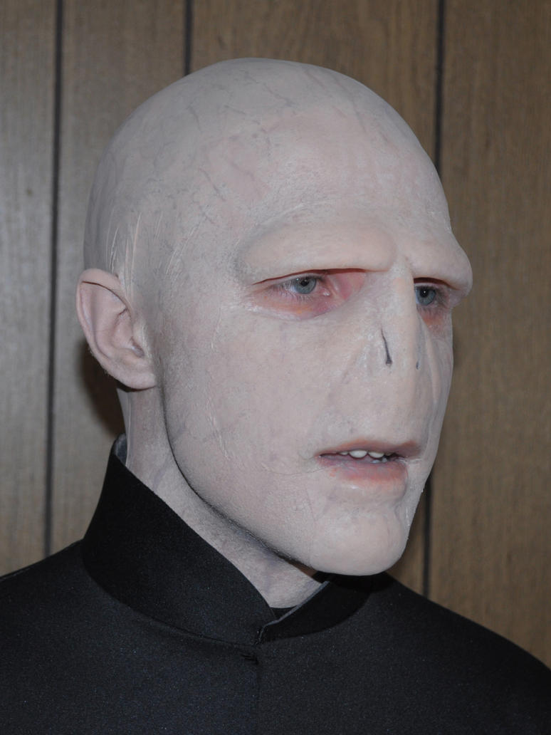 Lord Voldemort: Spooky Make-up Contest Submission by moleculo