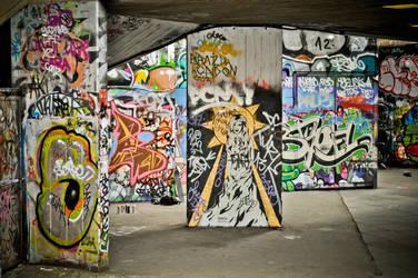 London Graffiti by xo-lexus-ox