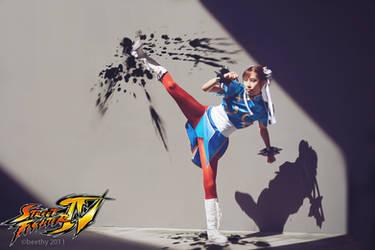Street Fighter IV - Chun-Li 01 by beethy