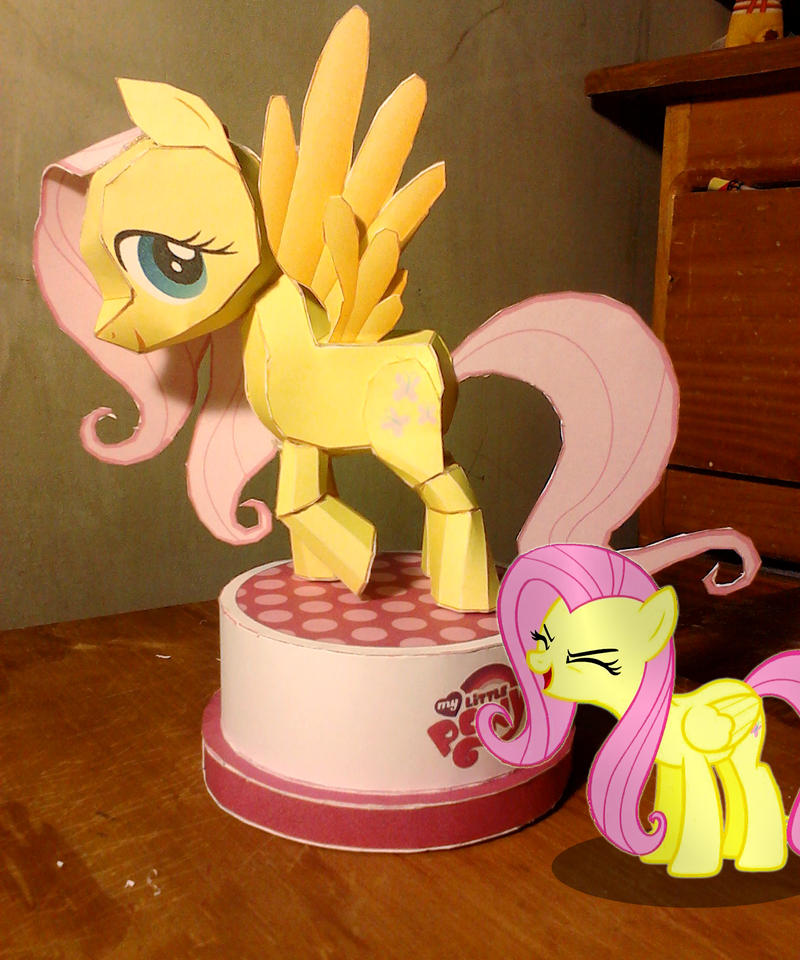 Fluttershy papercraft by KennyKlent