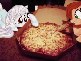 Pizza ponies by CeleryPony
