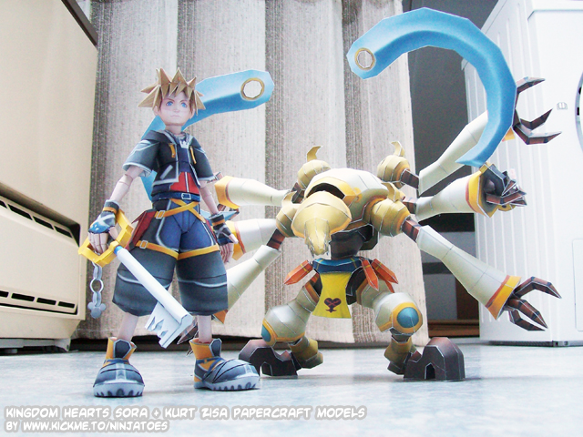 Sora + Kurt Zisa papercrafts by ninjatoespapercraft