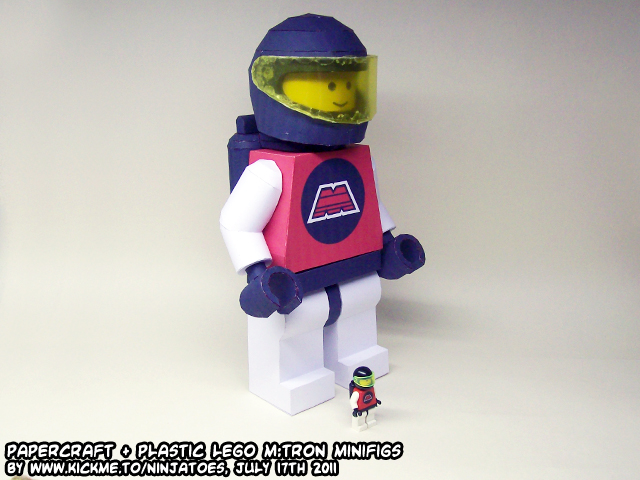 papercraft+plastic LEGO figs by ninjatoespapercraft