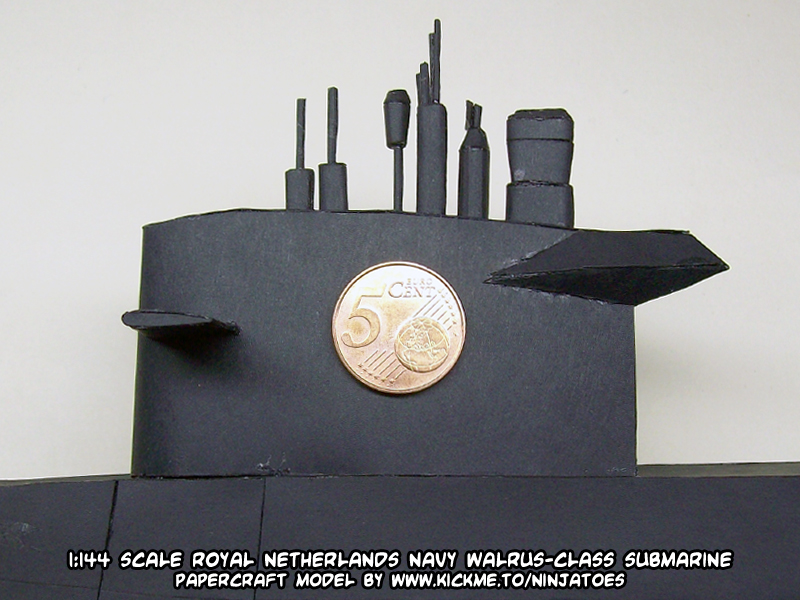 Papercraft Walrus-class submarine close-up 2 by ninjatoespapercraft