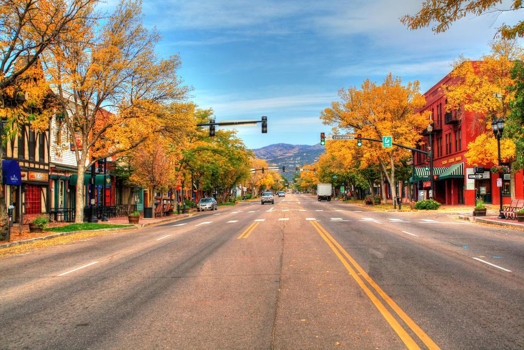 The Avenue In Autumn by GradyArt