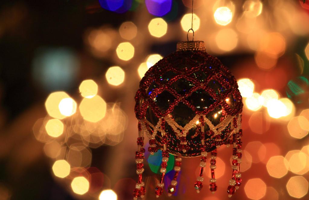 Christmas Holiday Ball by GradyArt