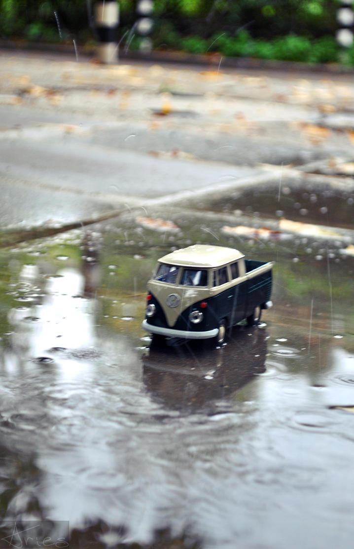 Truck in the rain by AriesWildChild