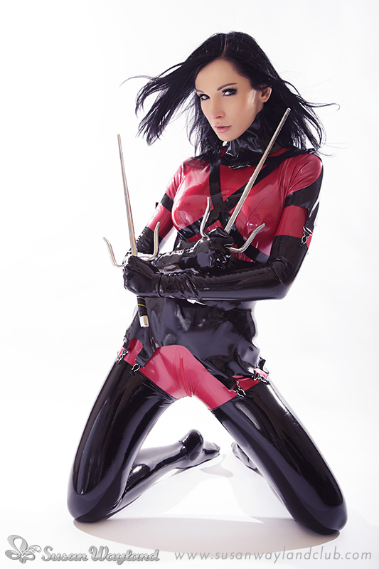Elektra in Latex by SusanWayland