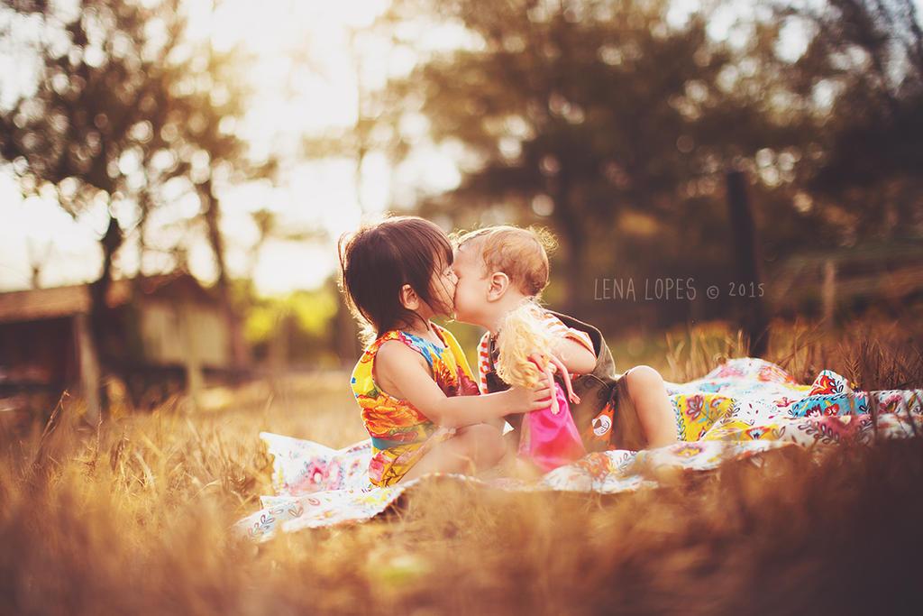 Summer Kisses by LyraWhite