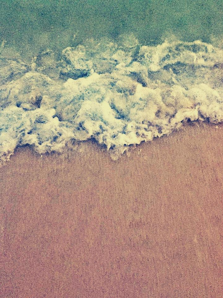 frothy waves by Mi-Younng