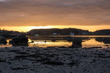 Sunset.3 by Dirhael