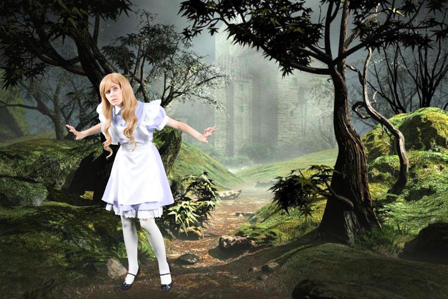 Alice in Wonderland by Emmaliene