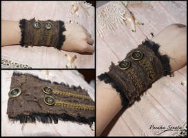 Daenerys Targaryen Game of thrones cuff bracelet by PneumaSonata
