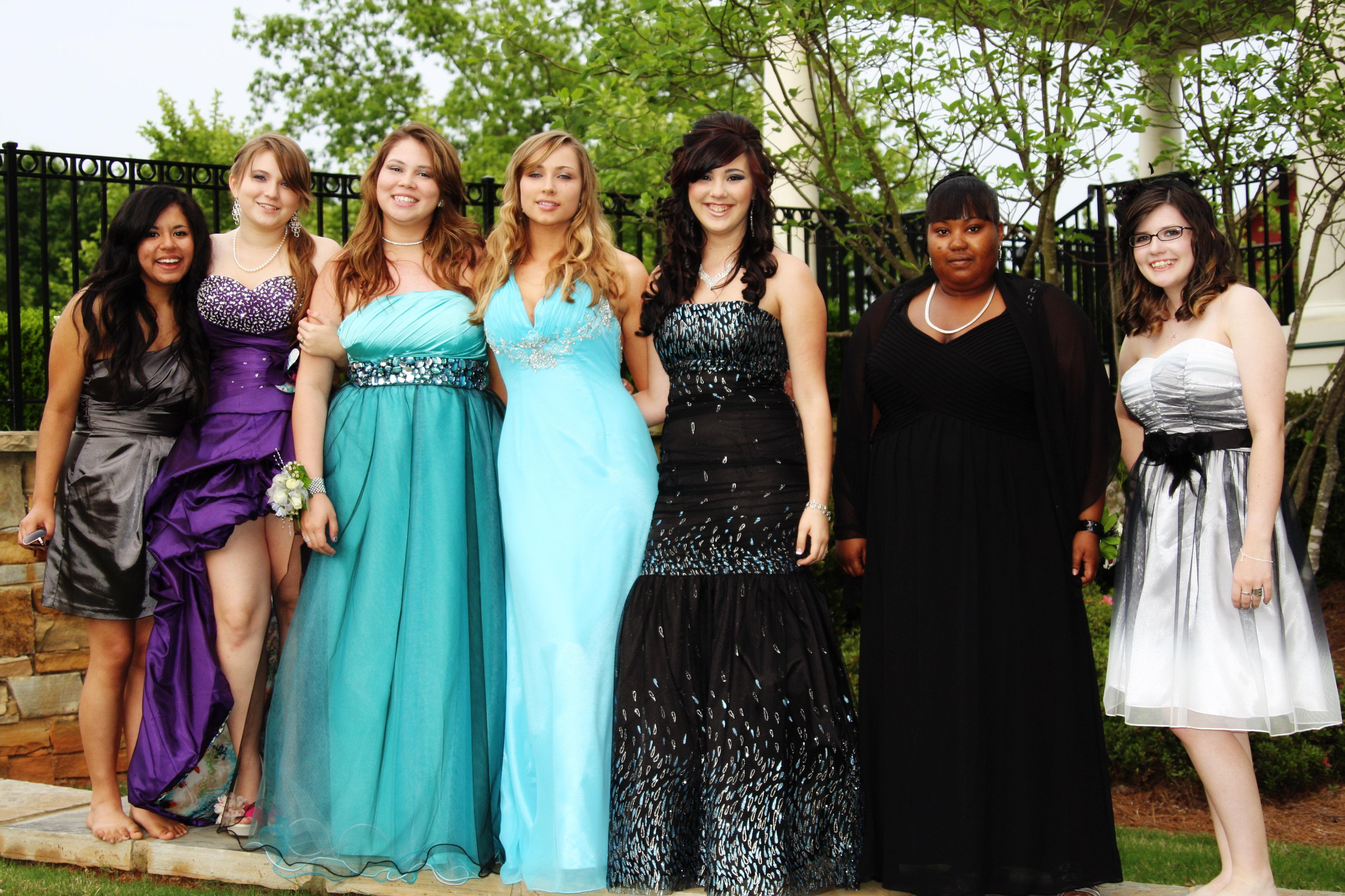 Tumblr Prom Girls_Prom Dresses_dressesss