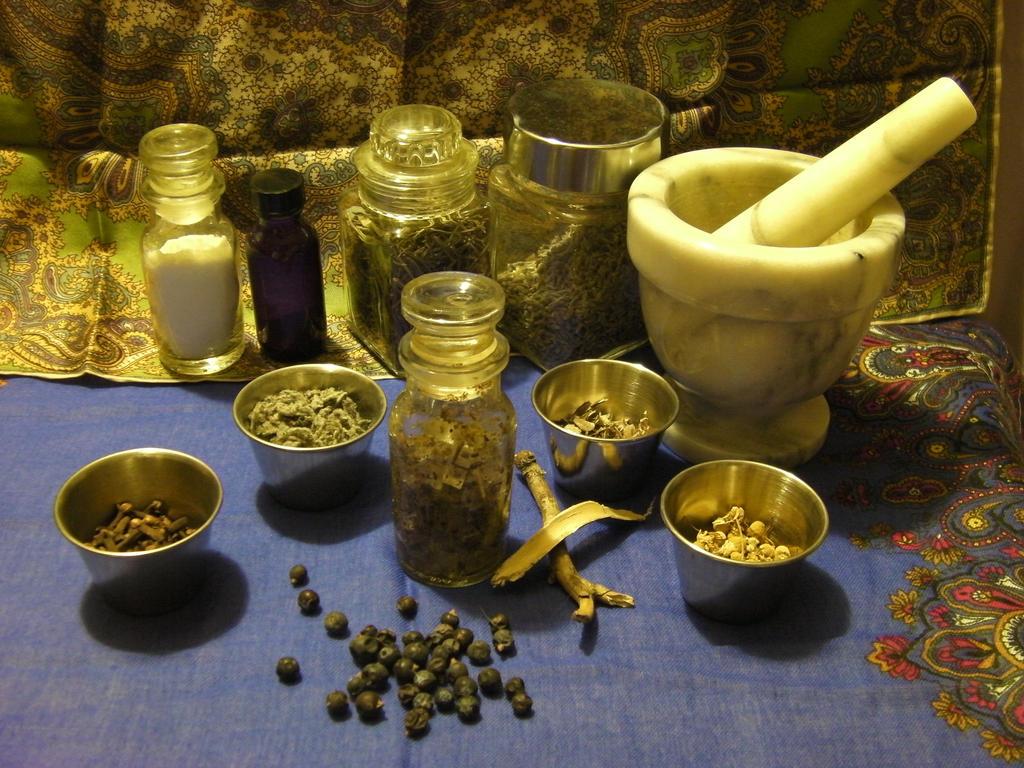 Herbal Ritual Bath Salts- Spiritual Cleansing by xxStolen-soulsxx
