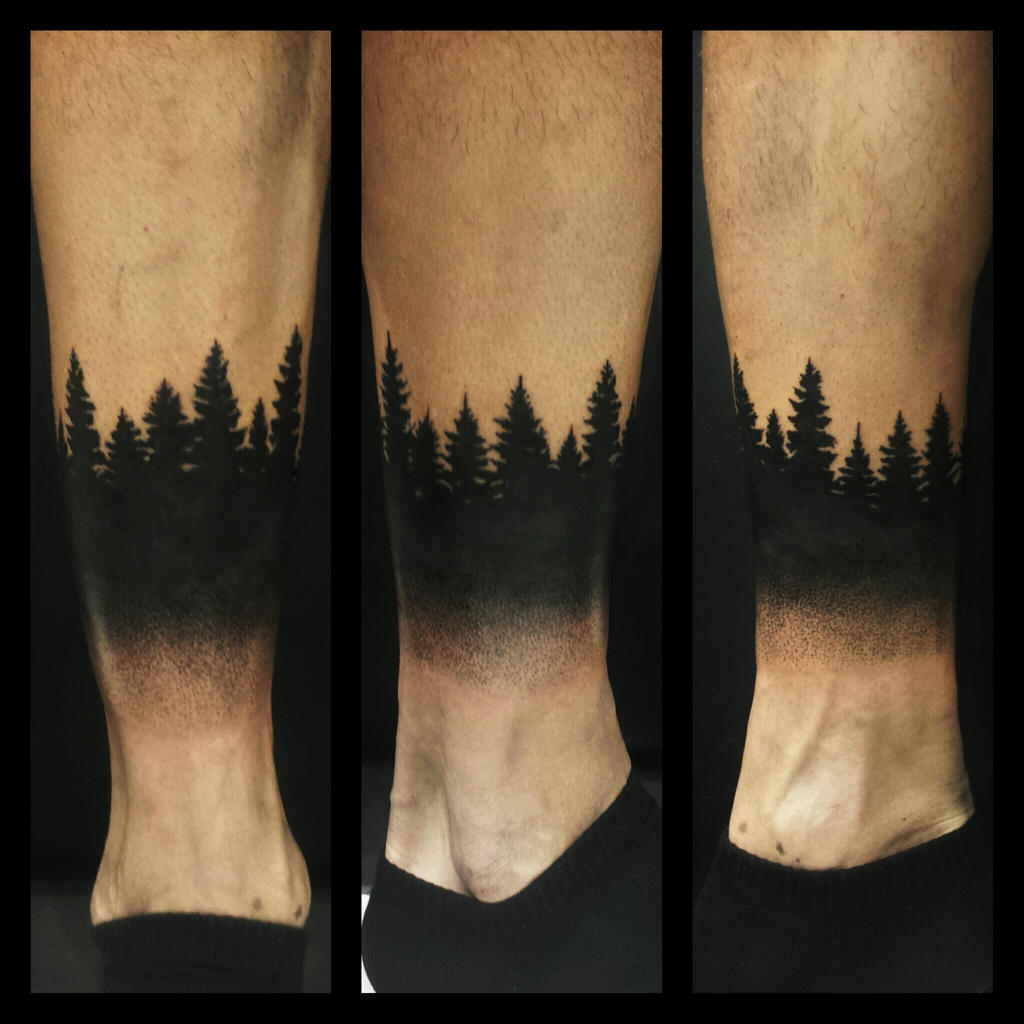 Тату мужское на запястье лес