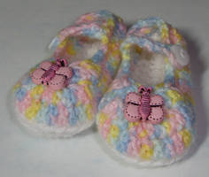 Rainbow Mary Jane baby shoes 0-3 months by Crochet-by-Clarissa