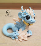 glow in the dark pet dragon figurine