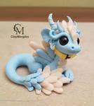 glow in the dark pet dragon figurine