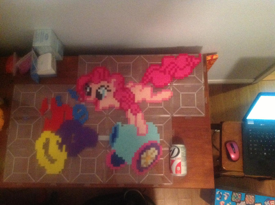 Pinkie Cannon by bashfluffbeads