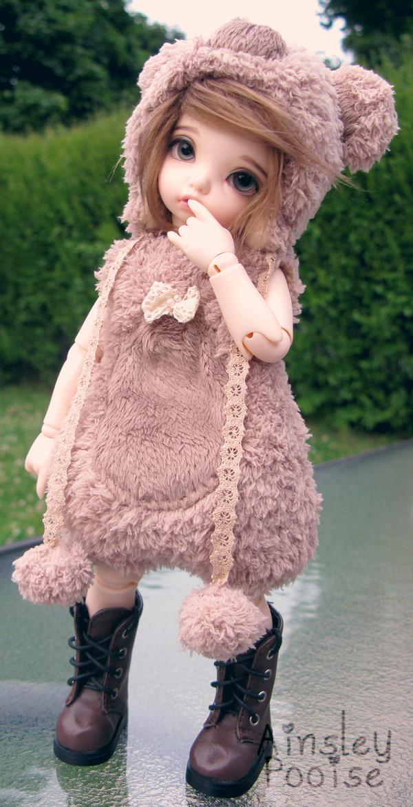 Am I cute? by Princess-of-Gray