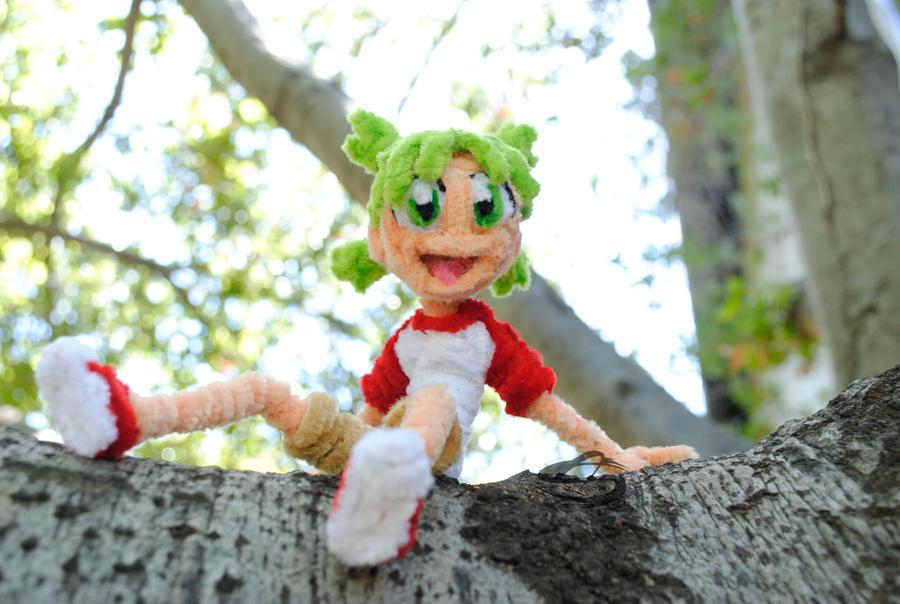 Yotsuba and Tree climbing by Leo-tux