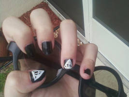 Deathly Hallows Nail Art by MissDaniLips