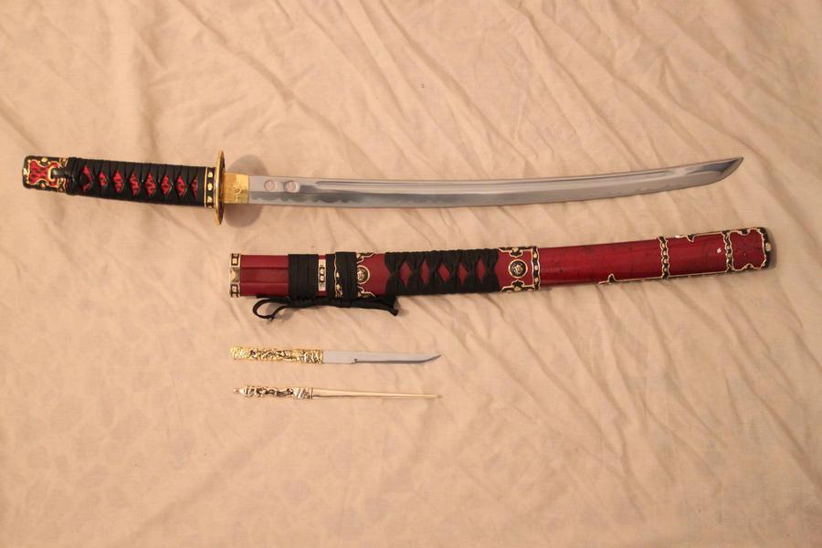 Wakizashi, components by Niteshifter