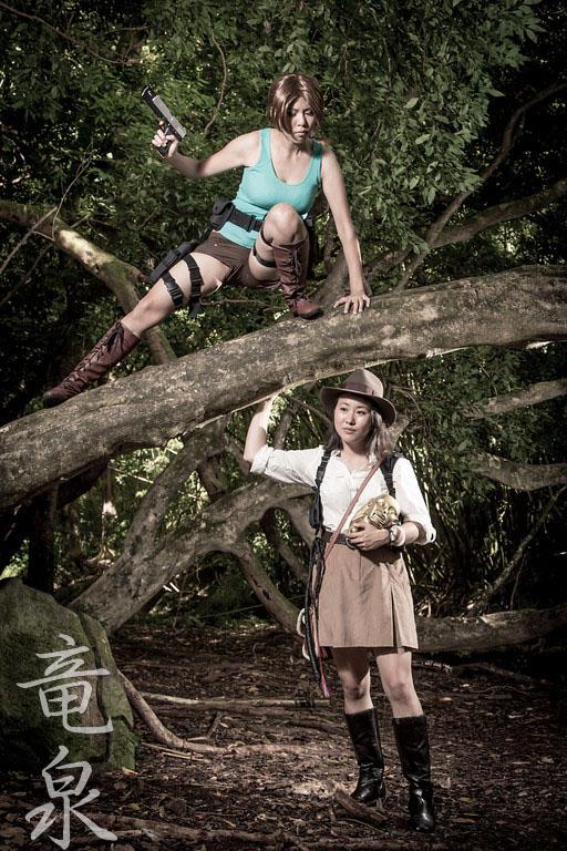 Lara Croft vs Indiana Jones by KimMazyck